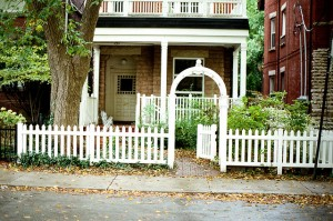 Home Fence Entry Repair