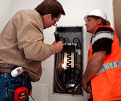 Inspecting-electrical-wirings